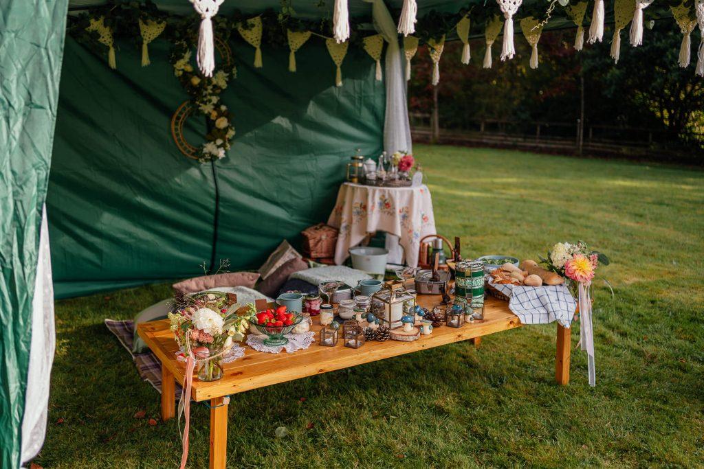 luxury scottish wild picnic outdoors feast sharing platters scotland wedding reception