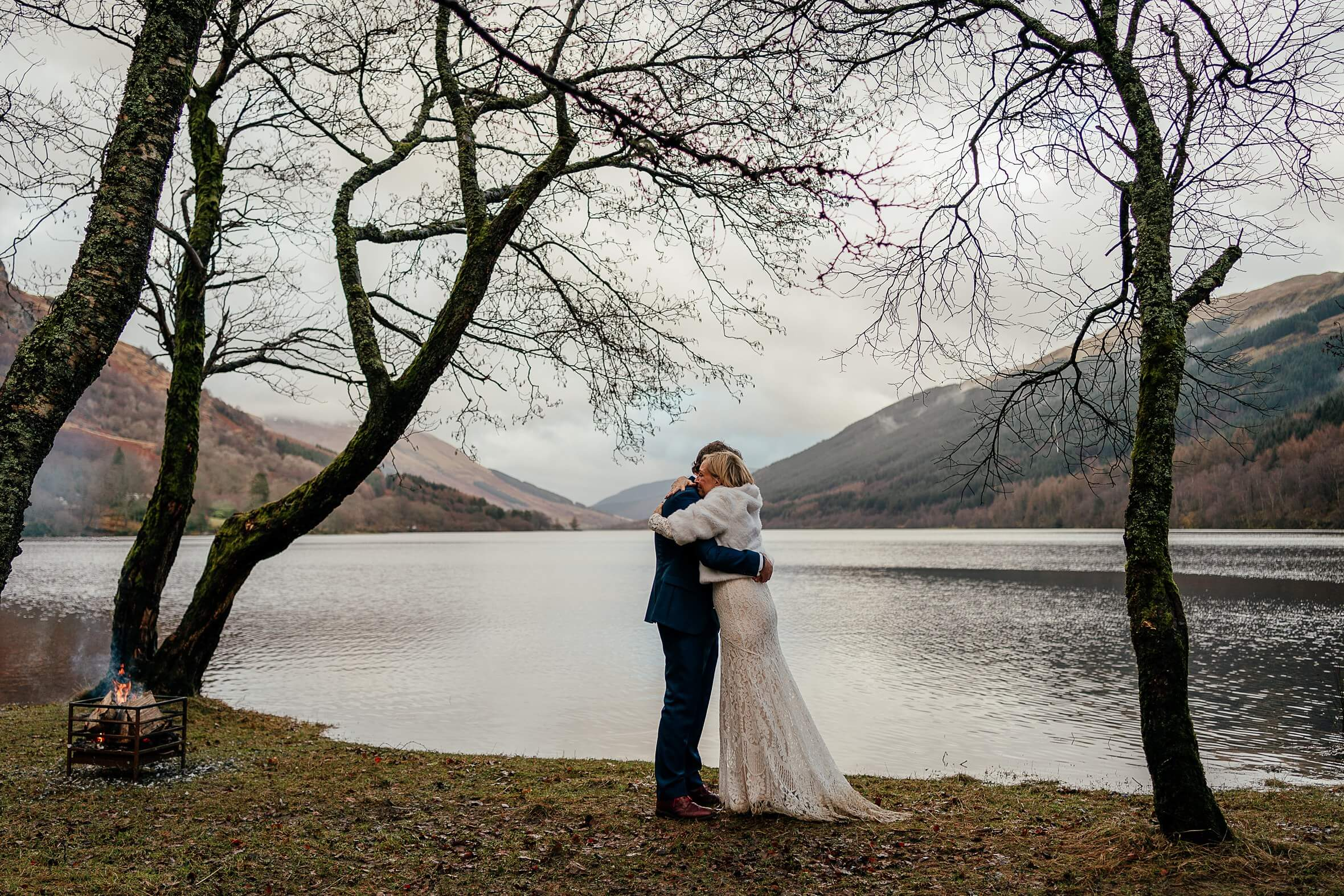 monachyle mhor micro wedding scotland marriage ceremony location loch voil first kiss